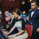 Slot Online Terlengkap - Bermain berjudi dengan slot online paling lengkap adalah cara untuk menikmati taruhan dengan ganda keunggulan. Hal ini disebabkan jumlah level atau tingkat kesulitan yang dapat dipilih s